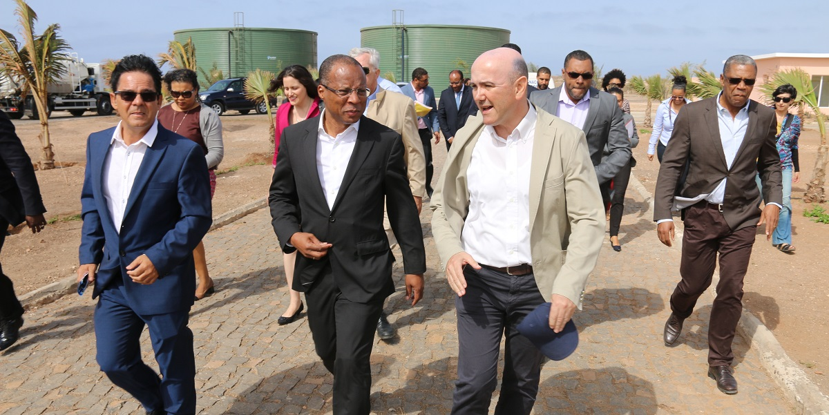Cabo Verde's Prime Minister José Ulisses de Pina Correia e Silva (front row, center) was among national, local and U.S. officials who joined island of Sal residents at the inauguration of the Santa Maria Wastewater Treatment Plant on March 7. As part of the MCC-Cabo Verde Compact signed in 2012, MCC invested in the plant's rehabilitation to help the Government of Cabo Verde more effectively deliver affordable water and sanitation services to the island's growing population and tourism industry, the lifeblood of the country's economy.